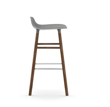 Form barstol H: 75 cm eik og sort understell Kontor